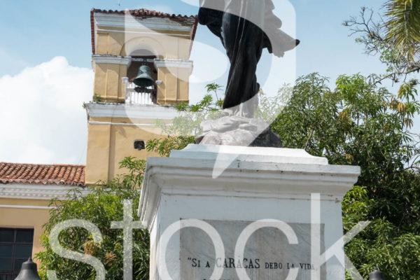 Estatua de la libertad en monpox