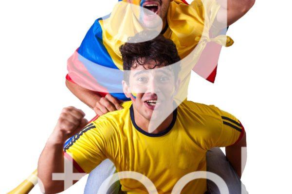 Amigos haciendo fuerza por el partido de colombia.